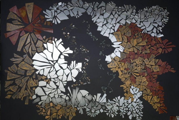 <b>Cristallo d'acqua</b> - 2009 - 130x185 cm | Fragments of mirror and glass on wood