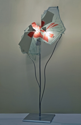 <b>Pienezza</b> - 2015 - 204x94x50 cm | Fragments of mirror and crystal on crystal, with iron support and halogen lighting