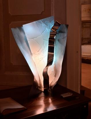 Taiko (tamburo giapponese) - scultura luminosa a variazione di colori