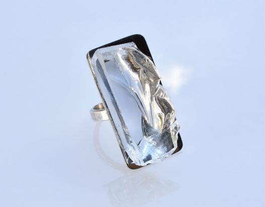 Anello (2x3,5x1 cm) cristallo e argento