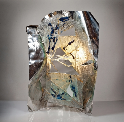 <b>Svuotare per riempire</b> - 2016 - 65x44x50 cm | Crystal, mirror, color, steel with led lightnig.